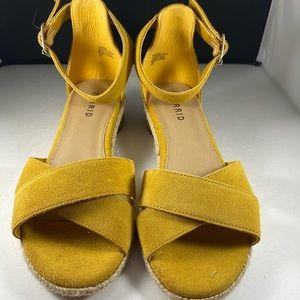 ⏳SALE⏳Torrid Yellow Sandals